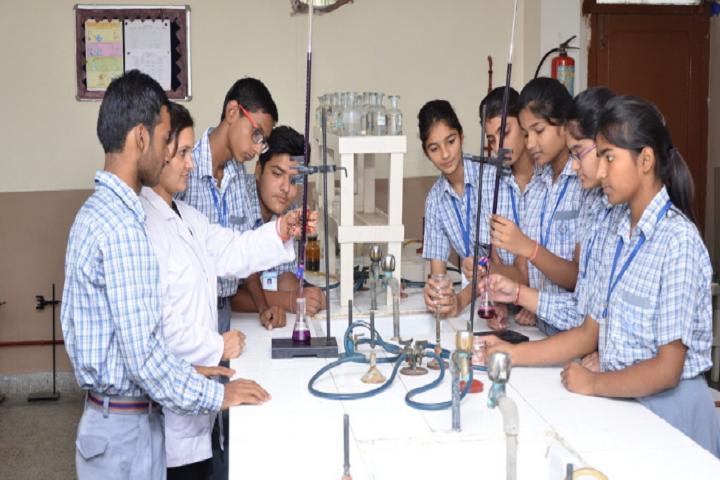 Meenakshi Public School-Science Lab