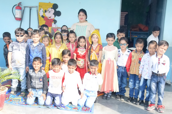 Model School Kalanaur-Fancy Dress Competition