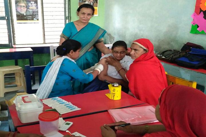 Model School Kalanaur-Health And Medical Checkup
