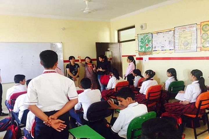 Montfort World School