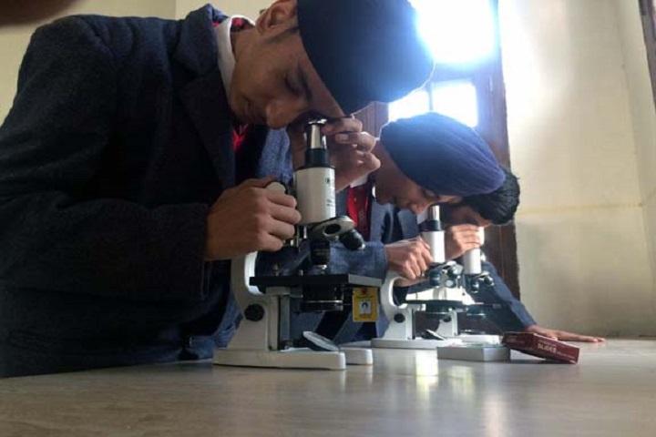 Montfort World School-Biology-Lab