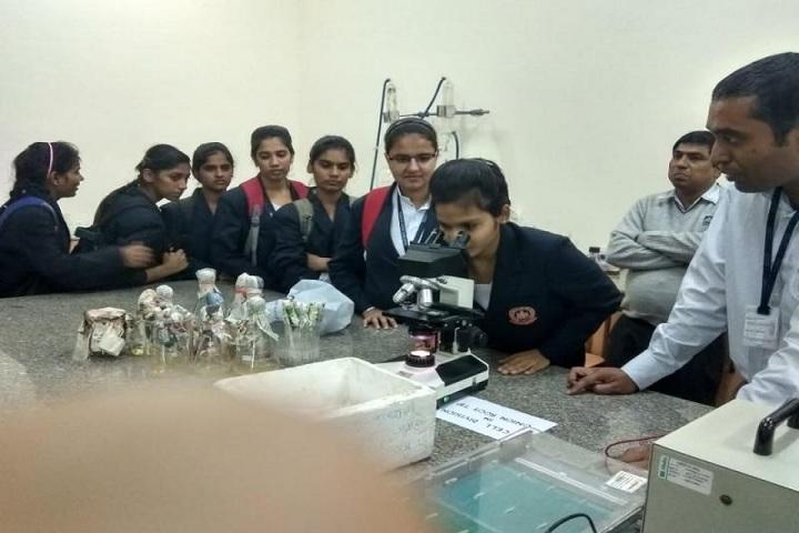 Mother India Senior Secondary School-Laboratory