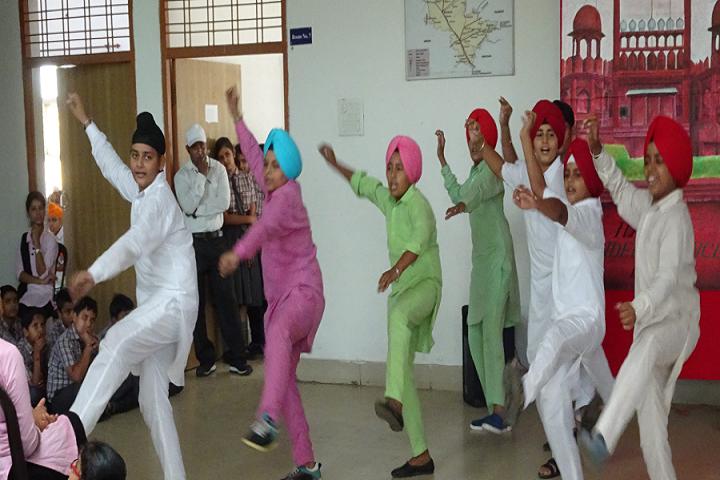 Nav Durga Public School-Dance