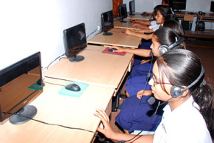 Nishan Public School-Computer Lab