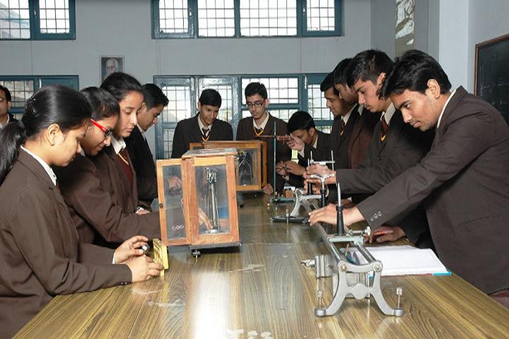OS DAV Public School-Physics Lab