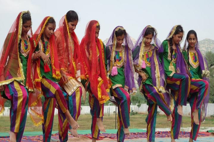 Oasis International School-Group Dance