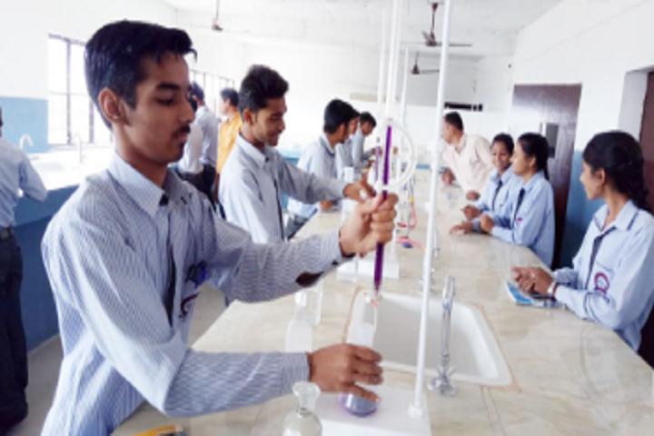 Oasis International School-Physics Lab