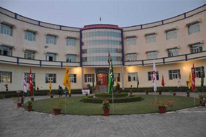 Om Public School-Building