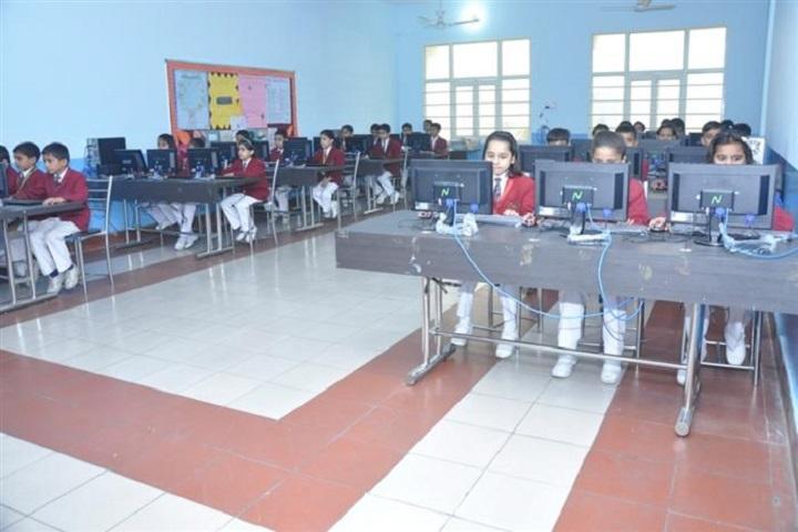 Om Public School-Computer Lab