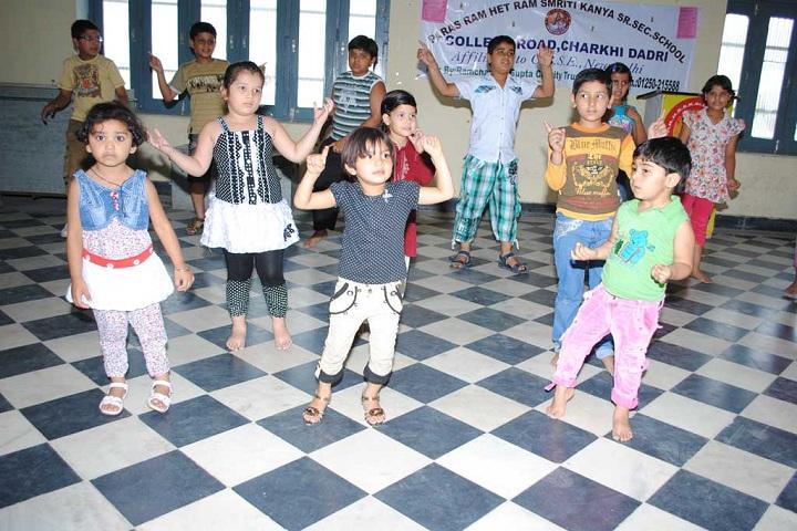 Paras Ram Het Ram Kaliyana Wale Smirity Kanya Sr Sec School-Dancing competetion