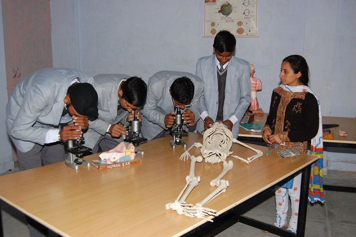 Pioneer Convent School-Biology Lab