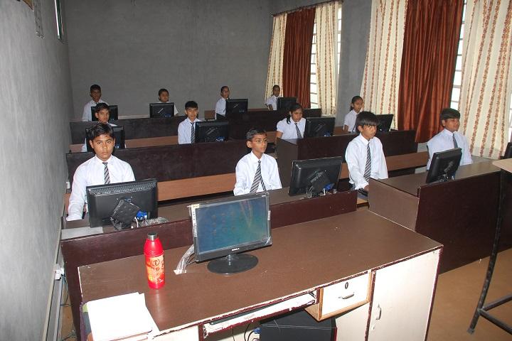 Pioneer Convent School-Computer Lab
