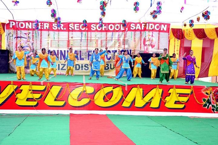 Pioneer Senior Secondary School-Dance Performance