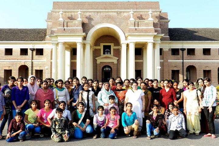 Pioneer Senior Secondary School-Education trip 1