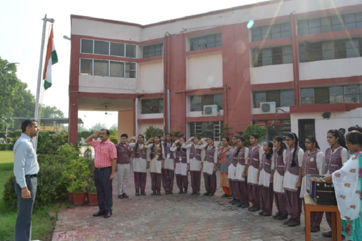 Police Dav Public School-Independence Day Flag Hosting