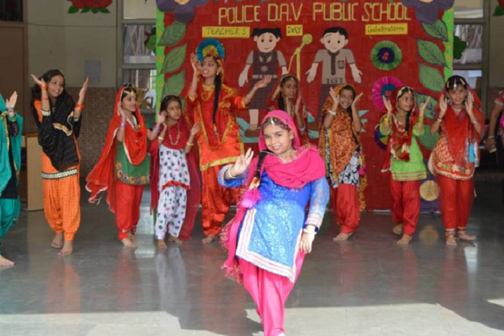 Police Dav Public School-Teachers Day Dance Performance