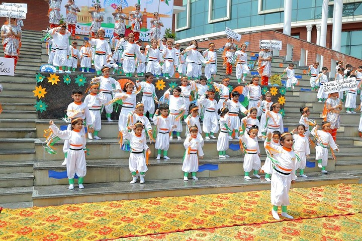 Prayaag International school-Independence Day Dance Performance