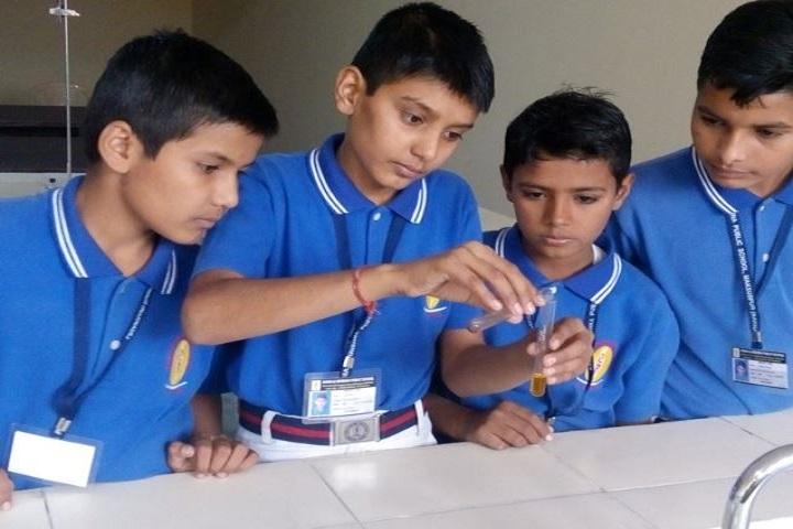 Rama and Krishna Public School-Chemistry Lab