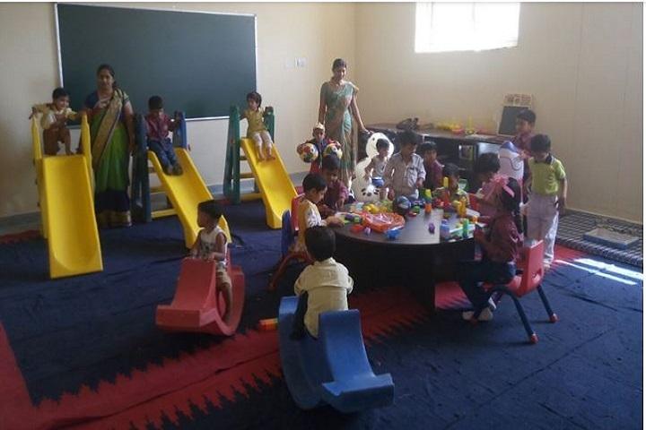 Rama and Krishna Public School-Kindergarden Playing area