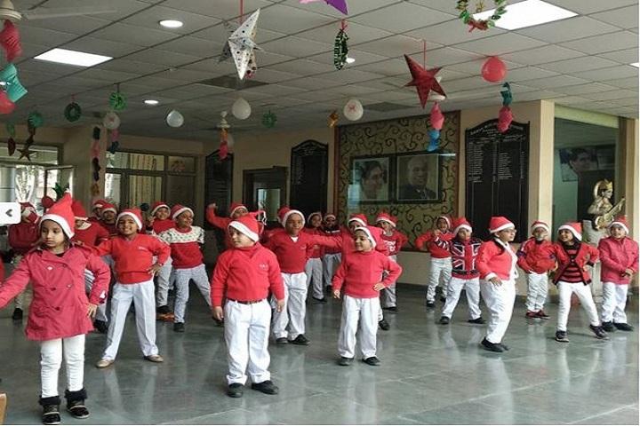 Raman Munjal Vidya Mandir-Christmas Celebrations