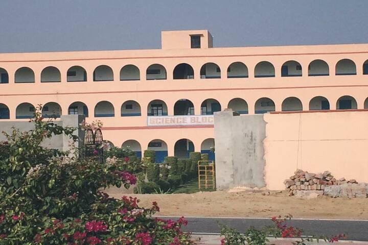 Ranbir Singh Model School-School Campus