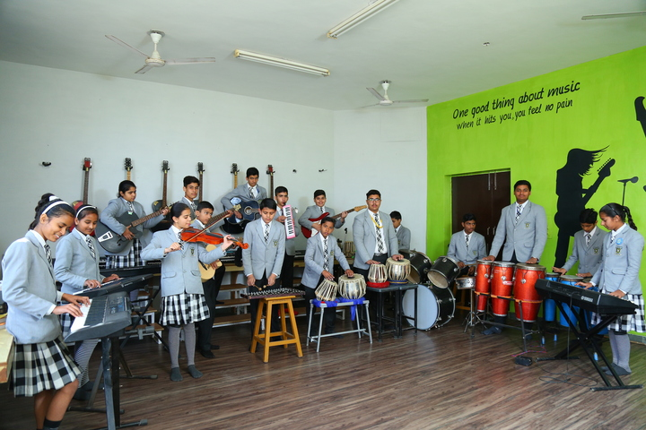 Raunaq Public School-Music Class