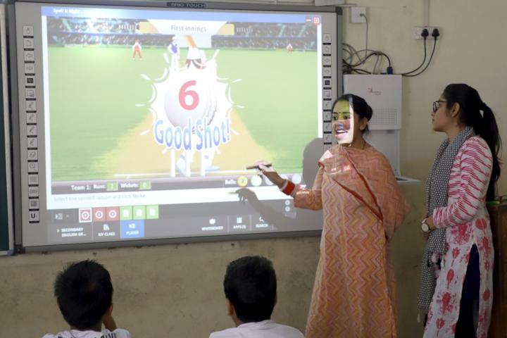 Rawal Convent School-Smart Classroom