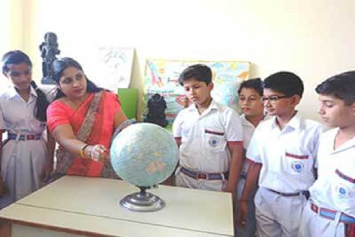 Red Roses Public School-Science Lab