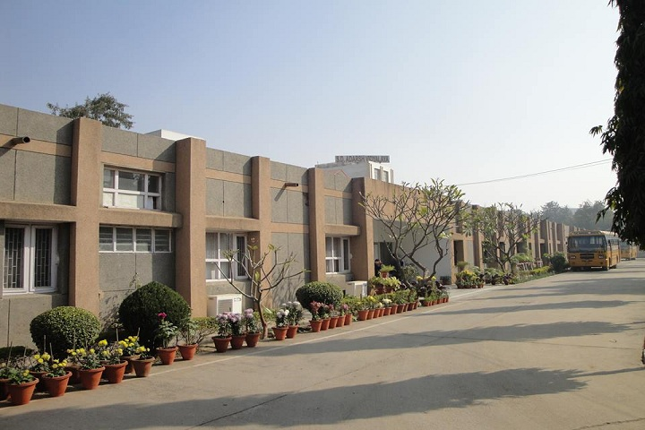 S D Adarsh Vidyalaya-School Building