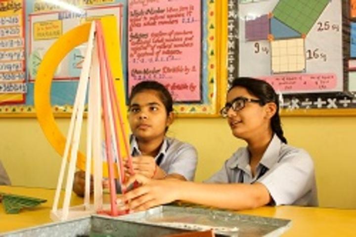 S D Adarsh Vidyalaya-Maths Lab