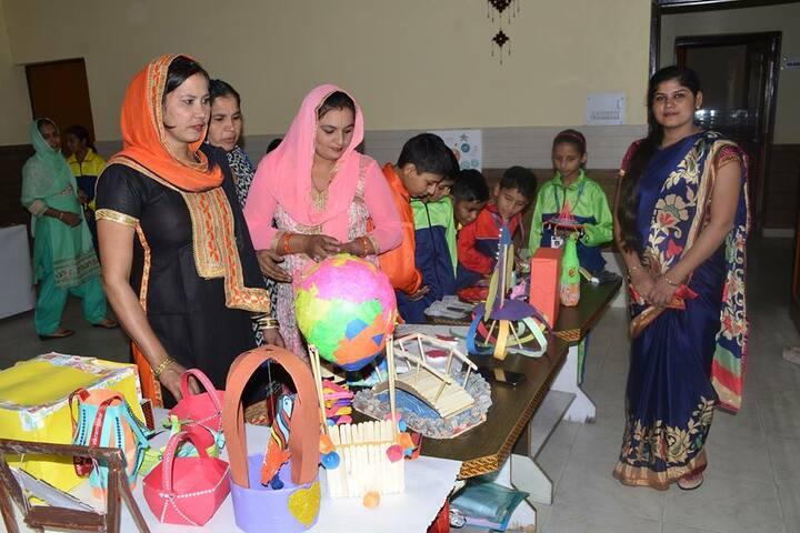 SDM Public School-School Exhibition