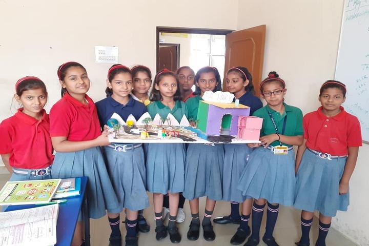 SDM Public School-Science Exhibition