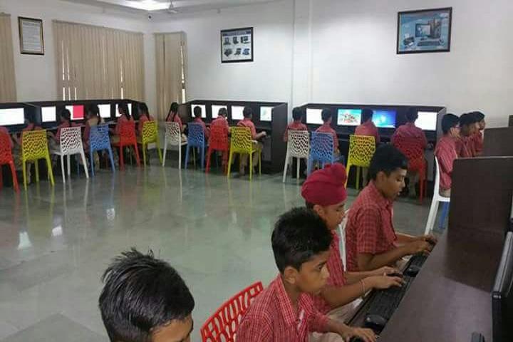 S D Model Senior Secondary School-Computer lab