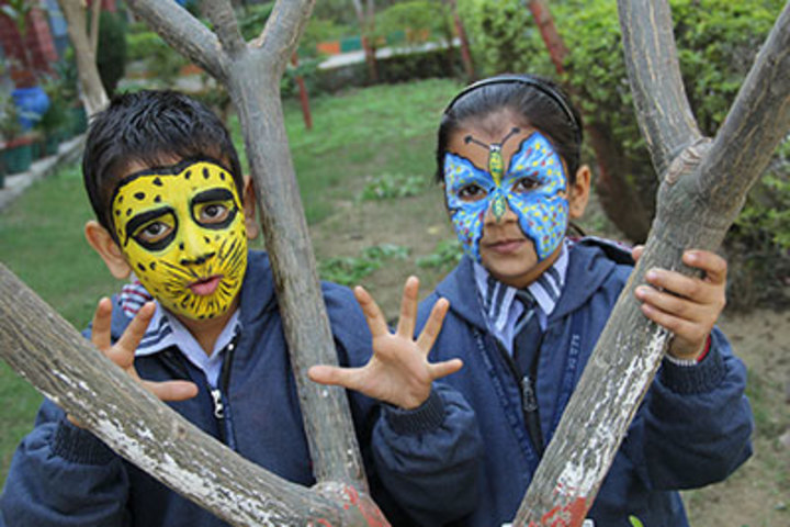 S E D Senior secondary School-Face Painting Activity