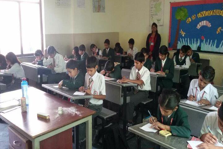 S D Public School-Class