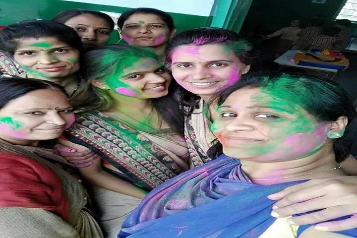Sanadan Vidya Niketan Public School-Holi Celebrations