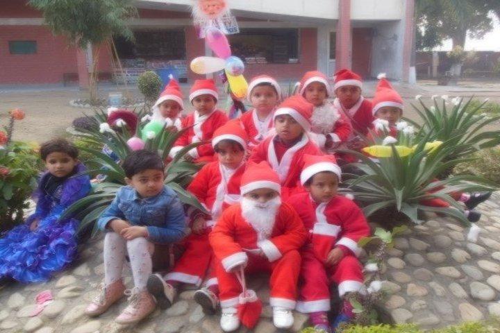 Sant Nischal Singh Public School-Christmas Celebrations