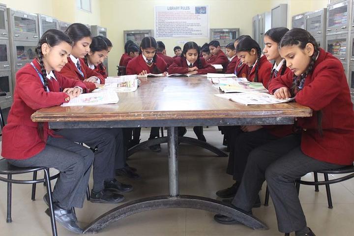 Sant Nischal Singh Public School-Library