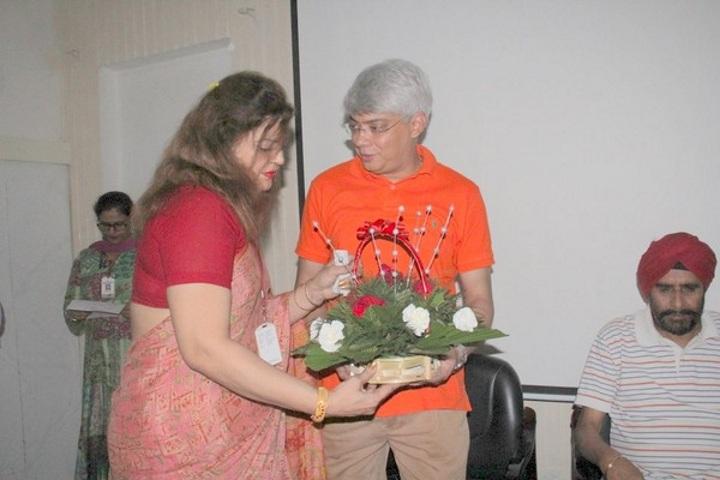 Sant Nischal Singh Public School-Teachers Day Celebrations 2017