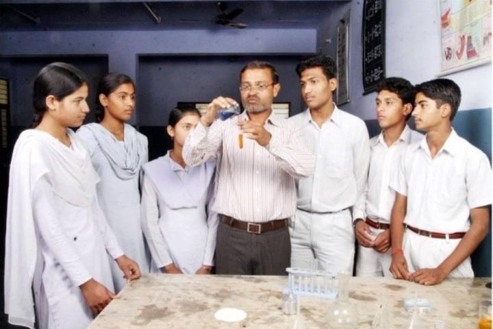 Saraswati Senior Secondary School-Chemistry Lab
