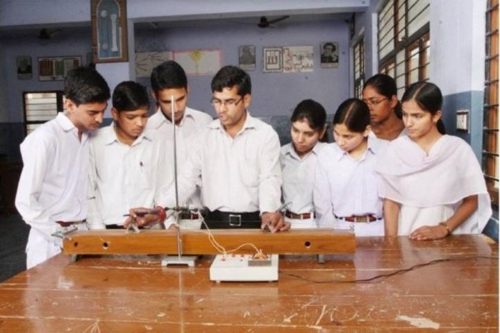 Saraswati Senior Secondary School-Physics Lab