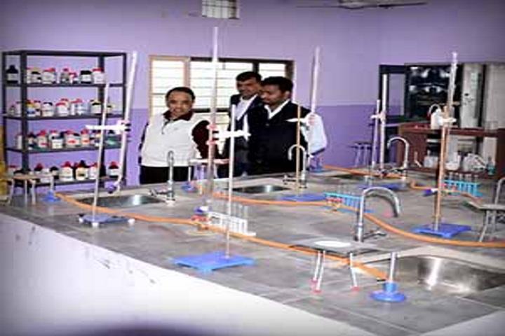 Saraswati Vidya Mandir High School-Science Lab