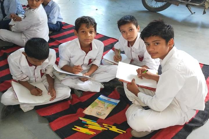 Saraswati Vidya Niketan Senior Secondary School-Drawing Competition