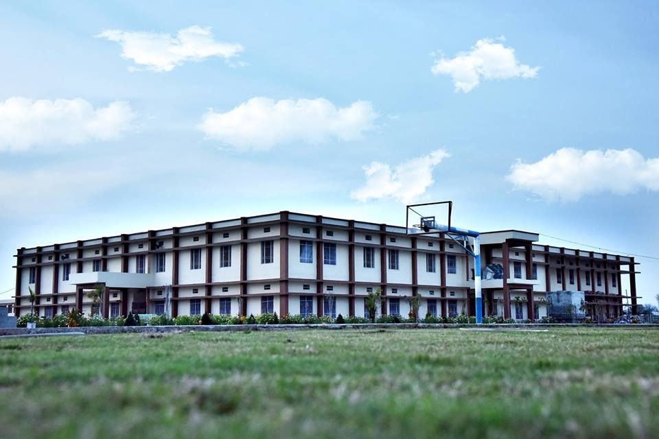Saraswati Vidya Vihar Senior Secondary School-School Building