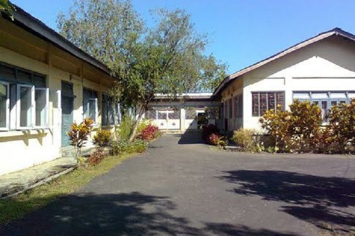 Government Town Secondary School-Interior path ways of school