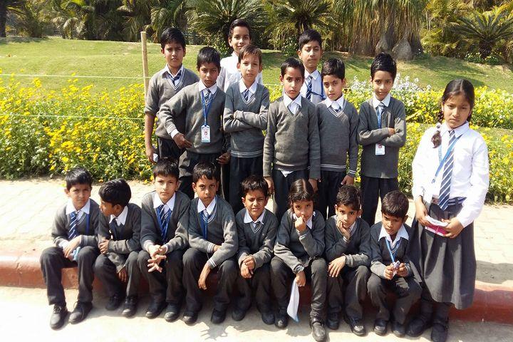Satyam Modern Public School-Students