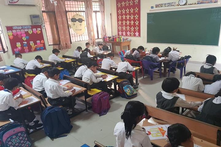 Seth Tek Chand Memorial Public School-Classroom