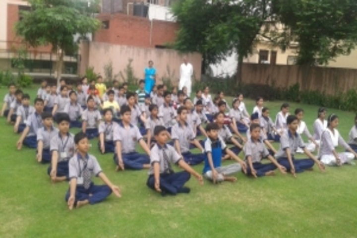 Seth Tek Chand Memorial Public School-Yoga