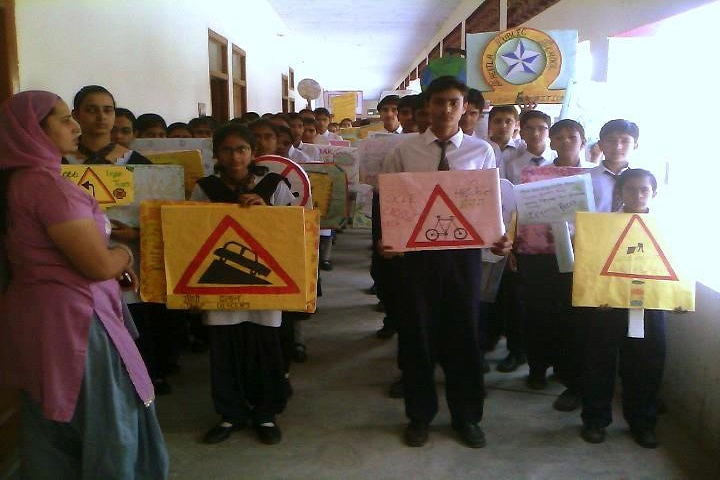 Sheetla Public School-Road Safety Rally