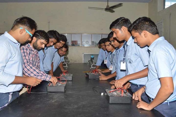 Shiksha Bharti Public School-Laboratory